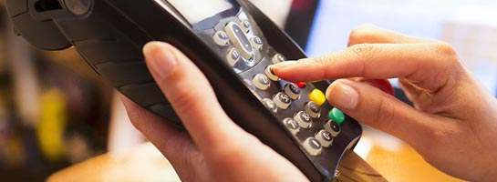Kundenreferenz Swisscard Bezahlung am Kartenlesegerät