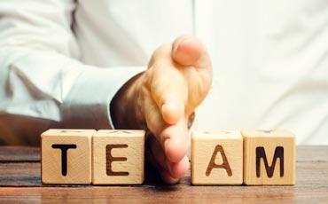 Die hohe Kunst derAufgabenjonglage: Aufgaben im CRM-delegieren